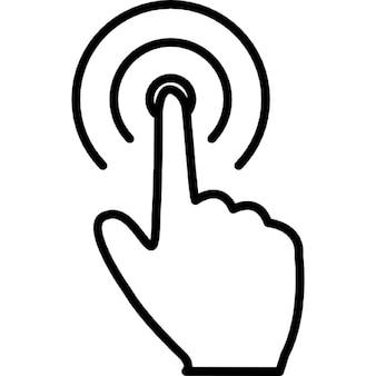 De hand vinger die op een ronde ring knop