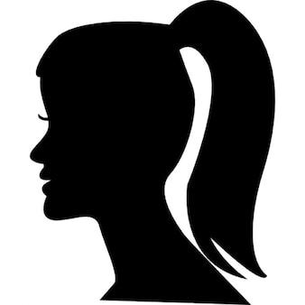 Cabeça de mulher com rabo de cavalo