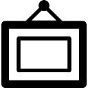 Frame de retrato pendurado de um prego