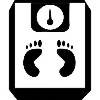Empreintes de pas sur une échelle