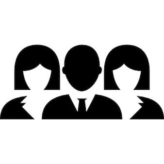 Homme et deux femmes groupe fermer