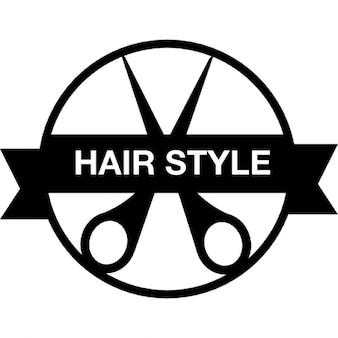 Insigne de style de cheveux avec une paire de ciseaux et la bannière