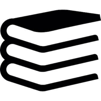 Librairie livres empilés