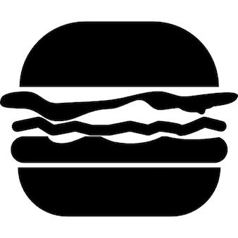 Variante du hamburger avec du fromage, pâté et la laitue