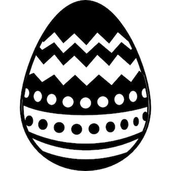 Huevo de Pascua con diseño diferentes líneas