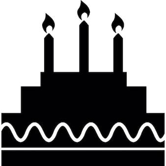 Torta de cumpleaños con velas