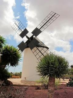 moulin à vent traditionnel à Fuerteventura
