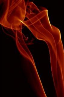 la lumière de la fumée rouge