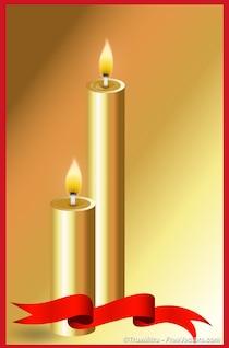 Belles bougies d'or brûlant