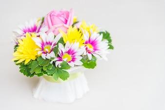 Agrandi blanc belles fleurs flore