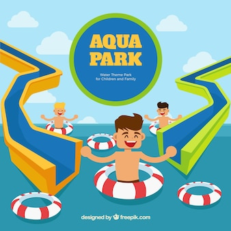 Aqua parc avec les enfants drôles