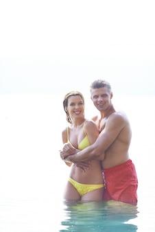 Baignade dans la plage