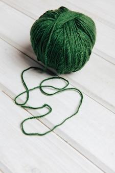 Bal de laine verte unique