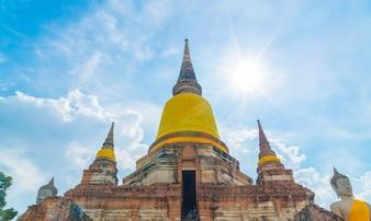 Belle ancienne architecture historique d'Ayutthaya en Thaïlande