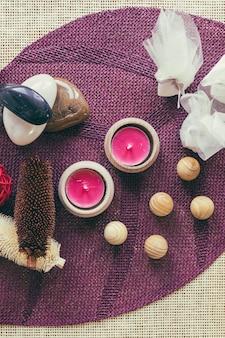 Boules et bougies en bois