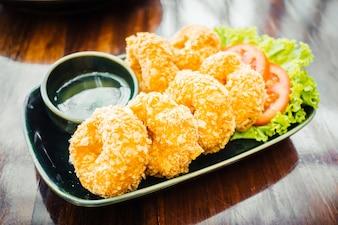 Boulette de crevettes frites ou crevettes