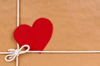 Cadeau Saint-Valentin avec forme de coeur tag