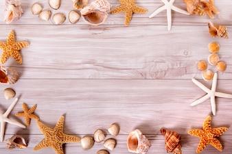 Cadre d'objets de plage