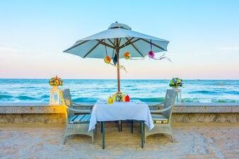 Cadre romantique luxe restaurant romantique