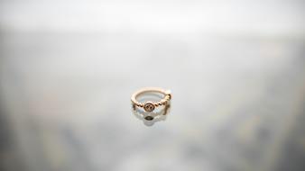 Chaîne de bracelet en métal précieux brillant