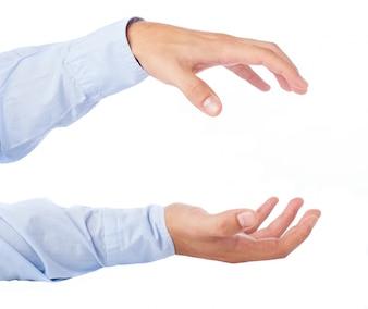 Close-up de mains tenant quelque chose