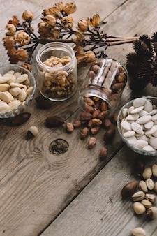 Composition de divers types de noix