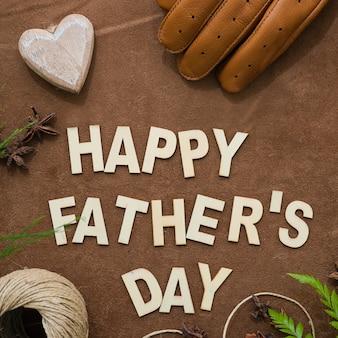 Composition du jour du père avec plusieurs éléments décoratifs