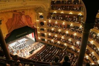 Concert de musique classique au théâtre