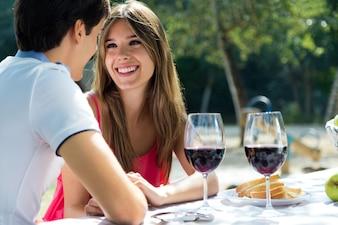 Copain amoureux romance romantique ensoleillé