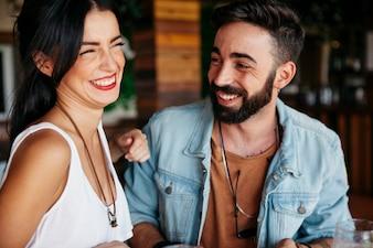 Couple de rire