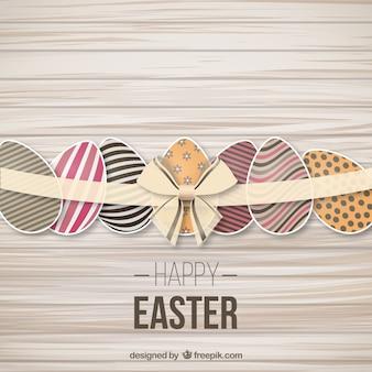 Décoré oeufs de Pâques avec un ruban