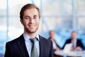 exécutif Homme avec des lunettes