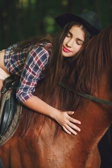 Fille à cheval