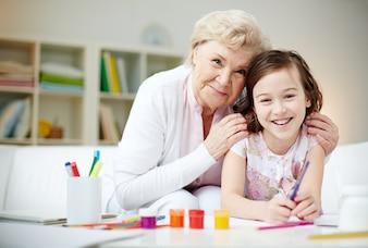 Grand-mère fière