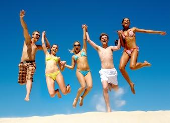 Groupe actif ciel d'été du sport