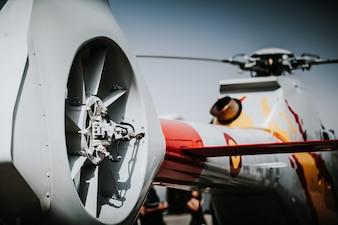 Hélicoptère vu de derrière