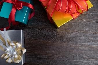 Idée de boîte cadeau ancienne paquet en bois