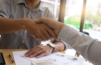 Image business mans handshake. Concept de réunion de partenariat commercial