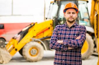 Ingénieur ouvrier électricien de construction m
