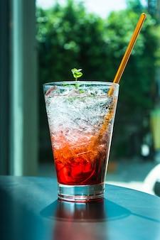 Liquide réflexion citron ingrédient fruit