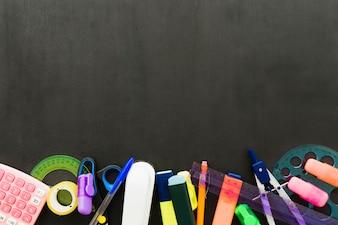 Matériel scolaire avec espace de copie supérieur