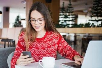 Mode de vie portant communication jeune gadget
