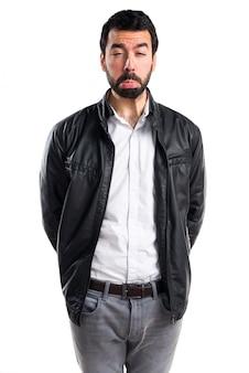 Modèle visage barbe homme frais