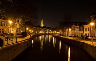 Nuit au bord du canal