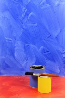 Pot de peinture t l charger des photos gratuitement - Peindre un mur rouge ...