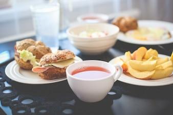 Petit-déjeuner frais du matin