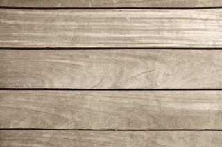 planches de bois brun