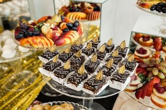 Plateau avec gâteaux