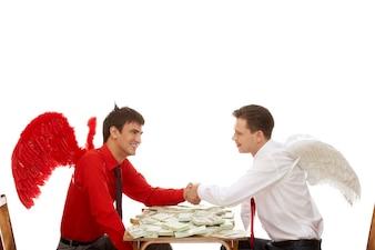 Rencontrer des gens d'affaires personne réussie d'accord