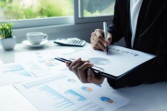 Résultats statistiques de la solution du rapport de réussite économique